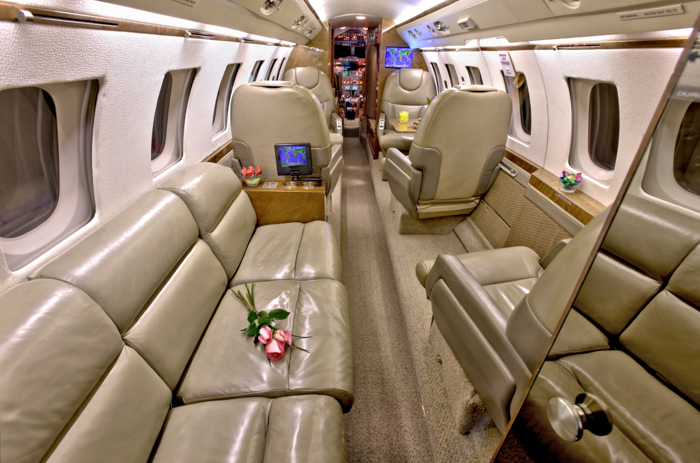 Hawker 800A Seating
